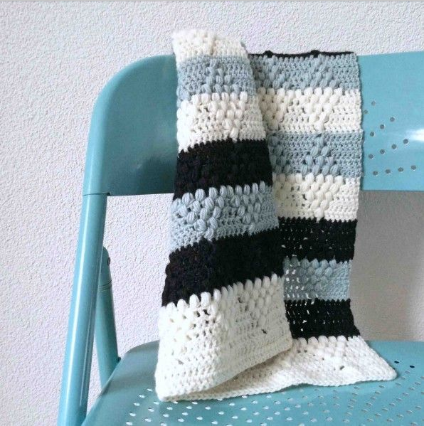 diamond and stipes crochet blanket