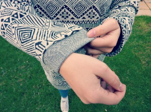 oversized sweater sleeve cuff