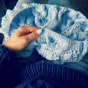 How could knitting this not make me happy - look at that blue on blue on blue!